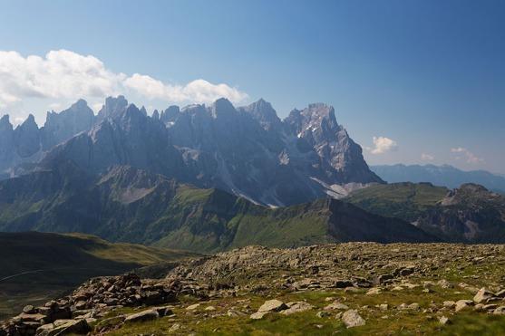 Blick vom Col Margherita auf die bizarren Gipfel der Pala-Gruppe.