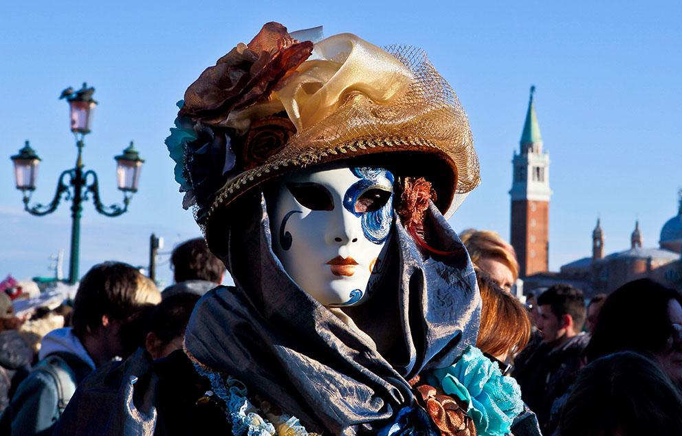 Wenn die Masken Venedigregieren!