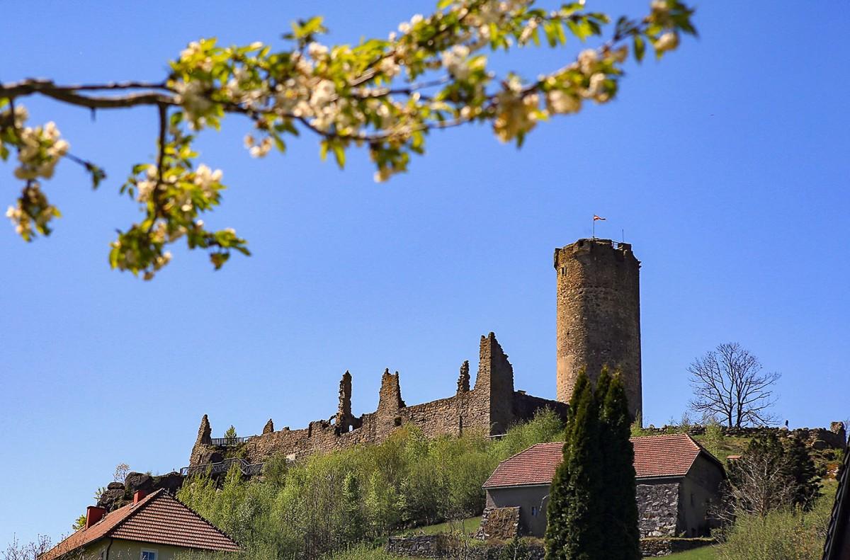 Burgruine Waxenberg – wo einst die Ritterherrschten!